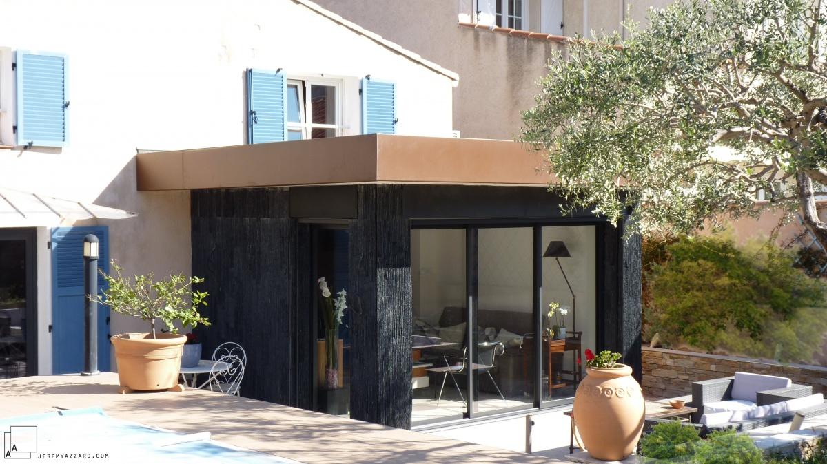 Extension contemporaine d'un séjour de maison individuelle : extension-moderne-maison-indviduelle-marseille-architecte-min