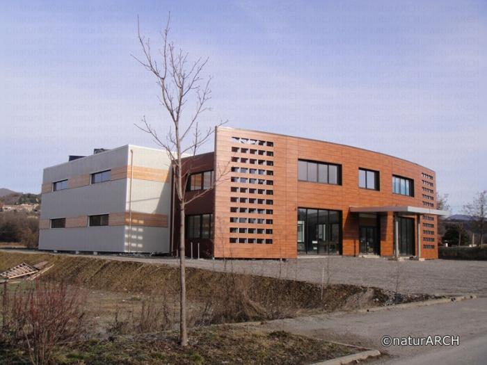 Construction de bureaux et espace d'exposition consacré aux énergies renouvelables
