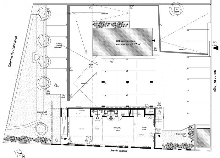 Bureaux et espace d'exposition à  Salon de Provence (13) - Tranche 2 - 2016 : rdc