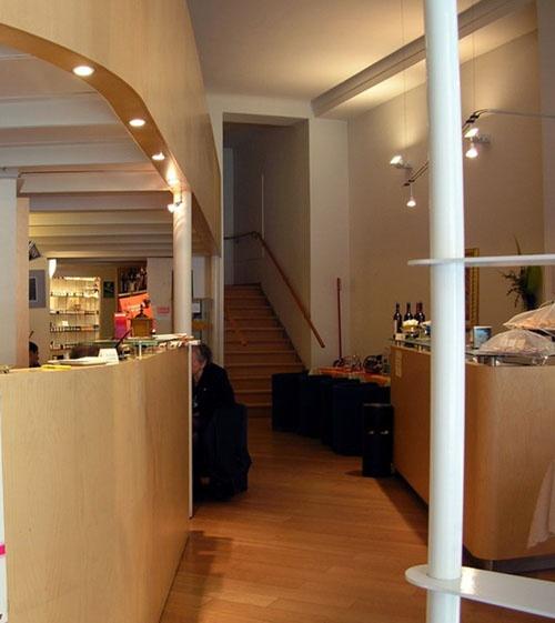 Magasin et restaurant Divizia